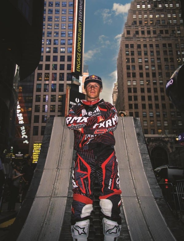 Team LaVallee Signs With FXR
