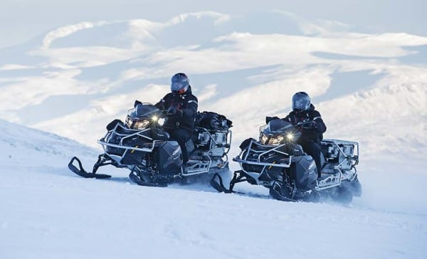 CHECK OUT THE 2016 LYNX ULTIMATE WINTER ADVENTURE SLEDS