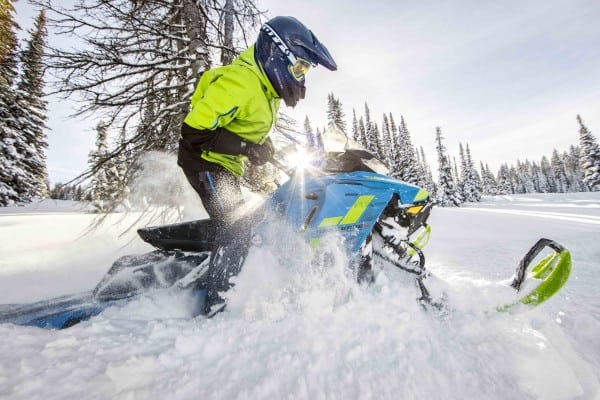 All the Benefits of Electric Start Without the Weight?! The 2018 Ski-Doo E-TEC SHOT is Here