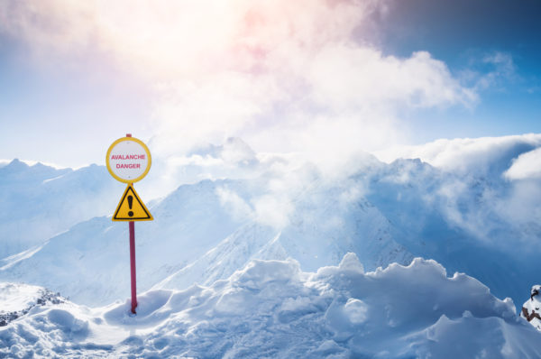HOW TO SURVIVE AN AVALANCHE – WHAT YOU REALLY NEED TO KNOW!!